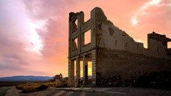 Death Valley-Rhyolite