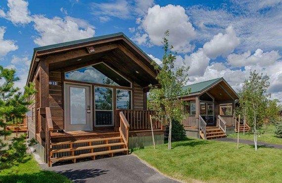 Explorer Cabins - Yellowstone