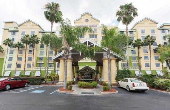 Comfort-Suites-Maingates-East-Miami