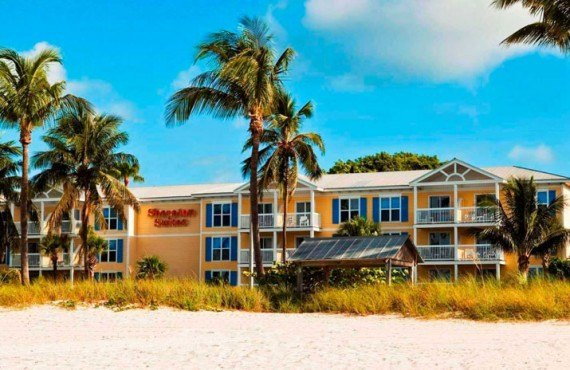 1-Sheraton-Suites-Key-West-Arriere