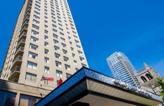 hôtel Century Plaza, Vancouver