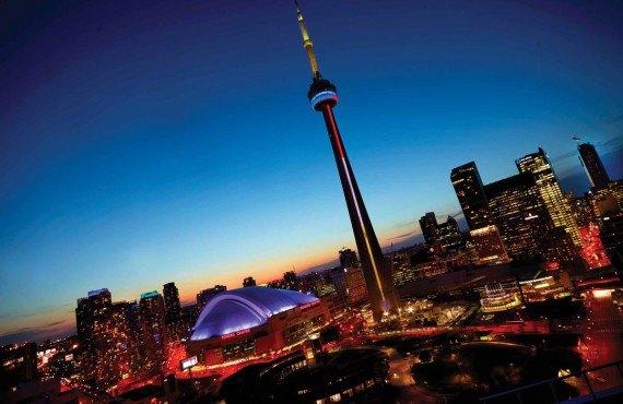 Diner dans le ciel de Toronto