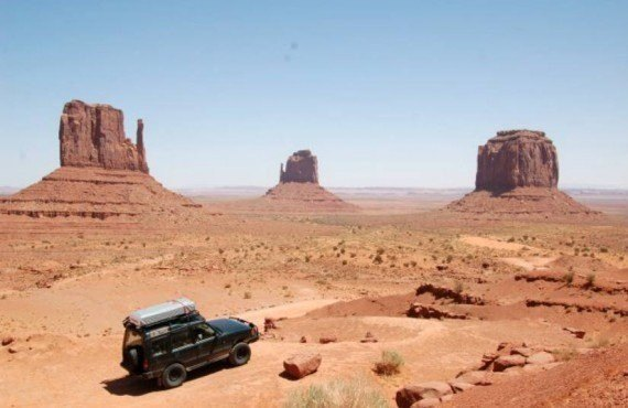 Excursion en 4x4 avec guide Navajo et dîner, Monument Valley