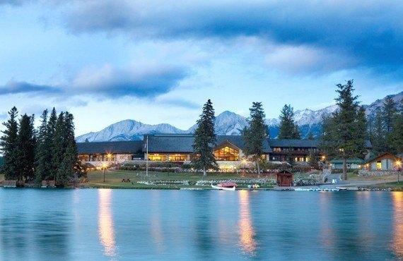 1-fairmont-jasper-park-lodge