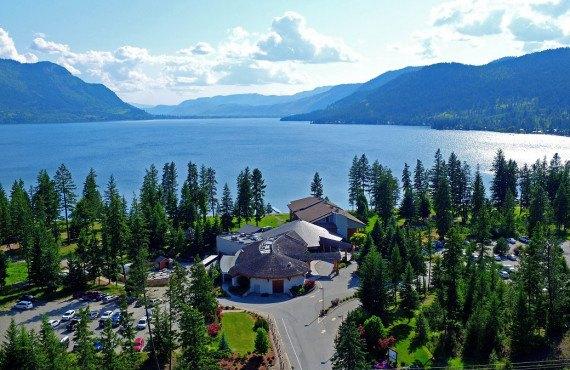 Skwachàys Lodge, Chase, BC, Canada