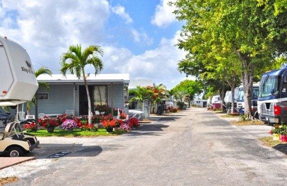 Sunshine Holiday RV Resort, Fort Lauderdale, FL