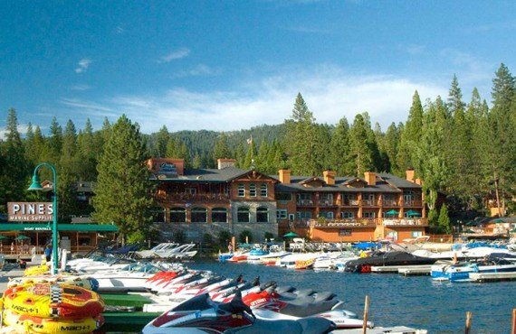 The Pines Resort - Bass Lake, Californie