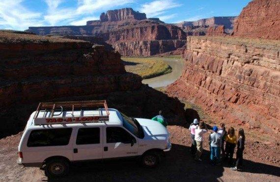 1-tour-4x4-rafting-canyonlands-shafer-trail.jpg