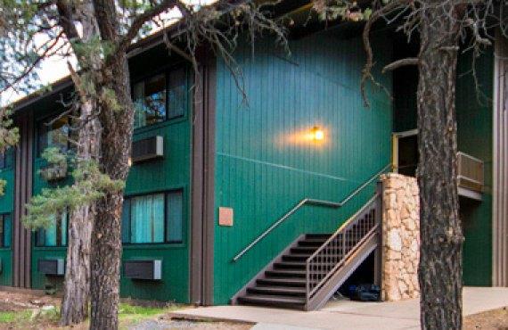 Yavapai Lodge
