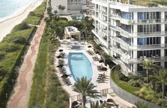 Carillon-Hotel-and-Spa-Miami-Aerien