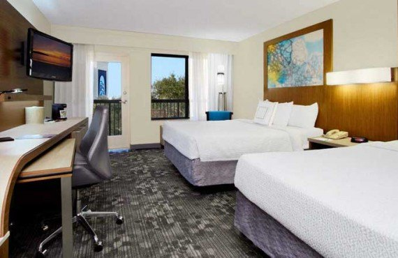 2-Courtyard-by-Marriott-Cocoa-Beach-Chambre