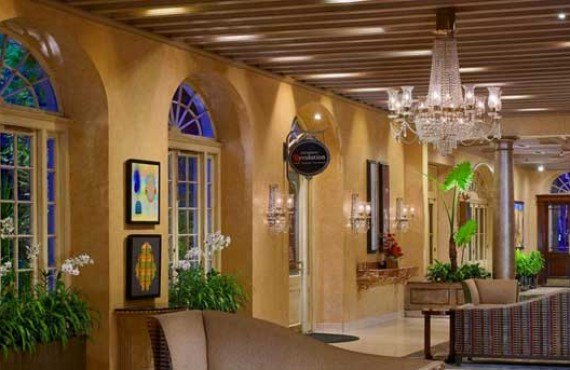 2-Royal-Sonesta-New-Orlean-Lobby