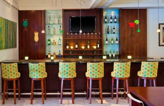 Sheraton-Suites-Key-West-Bar