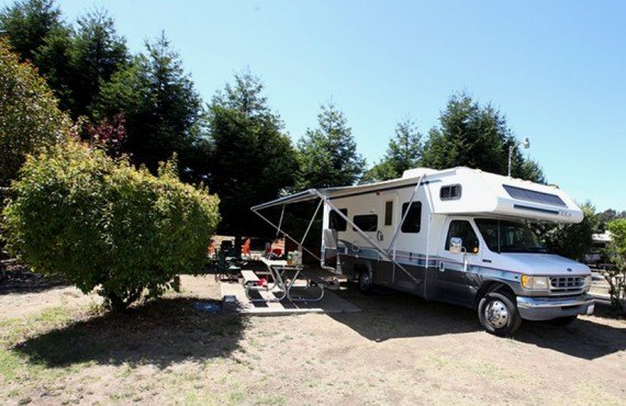 Emplacement pour camping-car