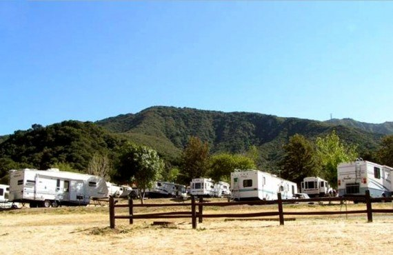 Camping Rancho Oso - emplacements pour camping-car