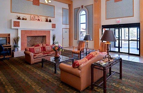 Clarion Inn Page - Lobby