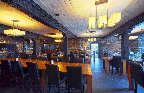 Restaurant Auberge Saint-Gabriel - Montréal, QC