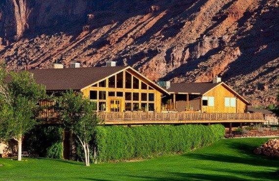 Red Cliffs Lodge Cabins