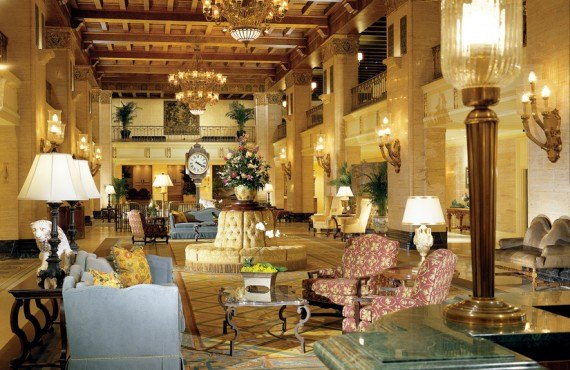 2-fairmont-royal-york-Hall