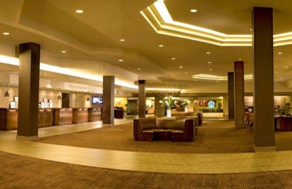 Hilton Anaheim - Lobby
