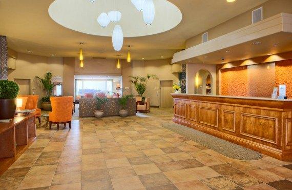 Hilton Garden Inn Pismo Beach - Lobby