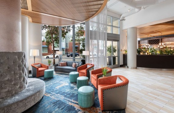 2-hotel-indigo-reception.jpg