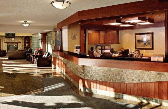 Irwin's Mountain Inn - Lobby