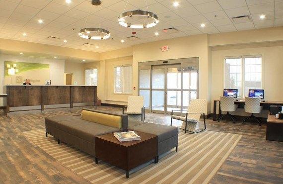 2-lobby.jpg