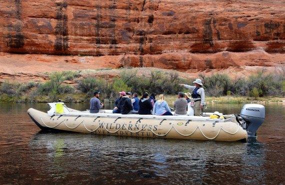 À bord d'un bateau gonflable sur la Colorado River