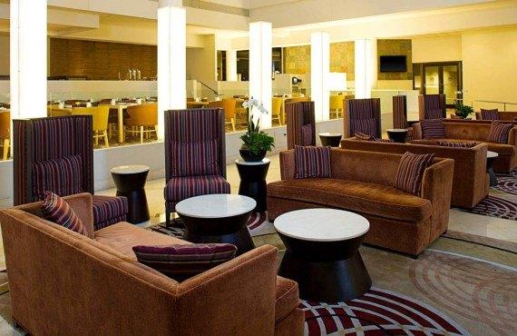 2-sheraton-philadelphie-down-lobby