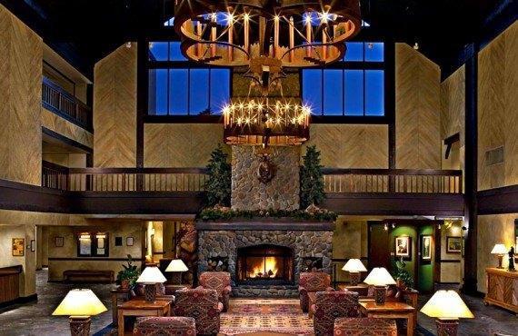 Tenaya Lodge - Lobby
