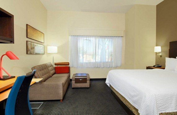 2-towneplace-suites_1.jpg