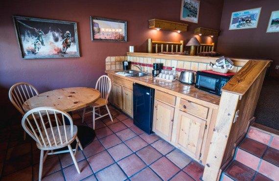 23-creekside-suite.jpg