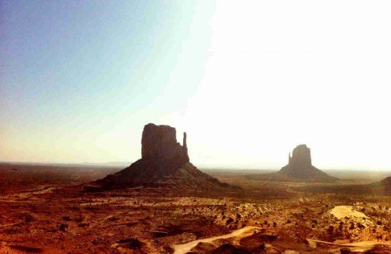 3-4x4-monument-valley.jpg