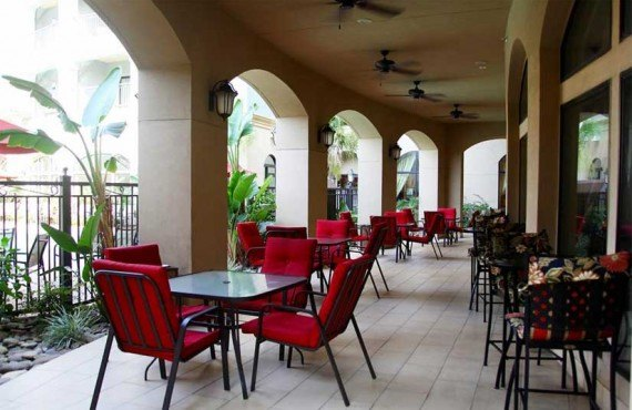 Courtyard-Marriott-Houma-Terrasse