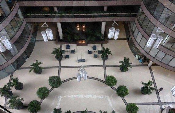 Intercontinental-Tampa-Hall-Entree