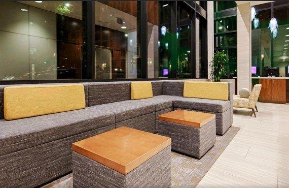 Best Western Plus Bayside Inn - Lobby
