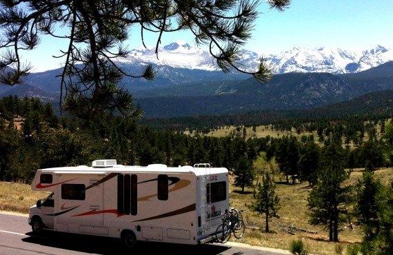 3-camping-car-au-rocky-mountain