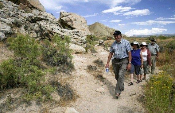 Randonneurs dans le Dinosaur National Monument