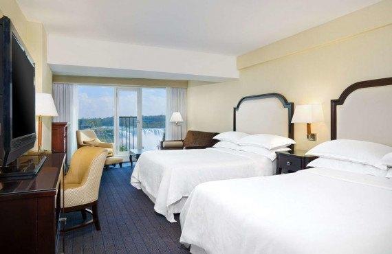 Chambre 2 lits, vue sur les chutes