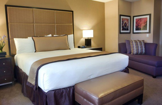 Mariposa Inn & Suites - Chambre Deluxe lit King