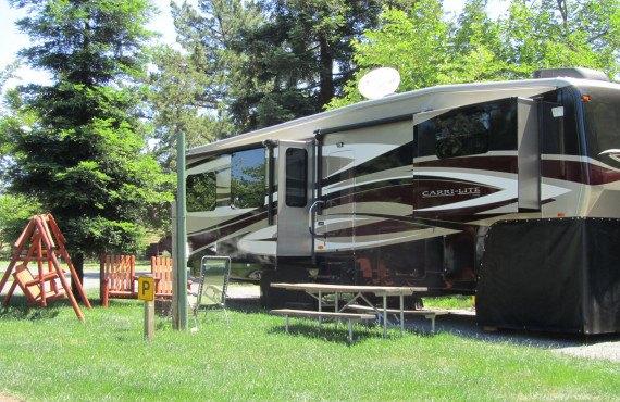 SFO-Petaluma KOA - Emplacements Camping-car