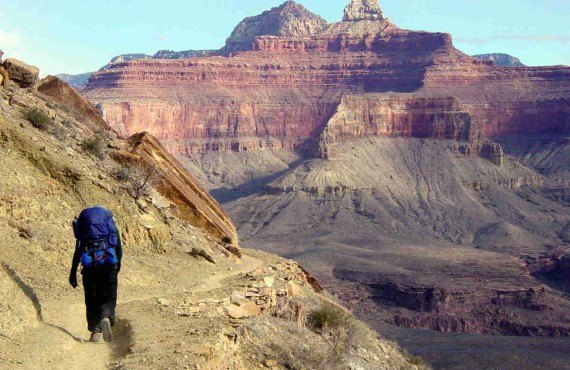 3-randonnee-pedestre-grand-canyon.jpg