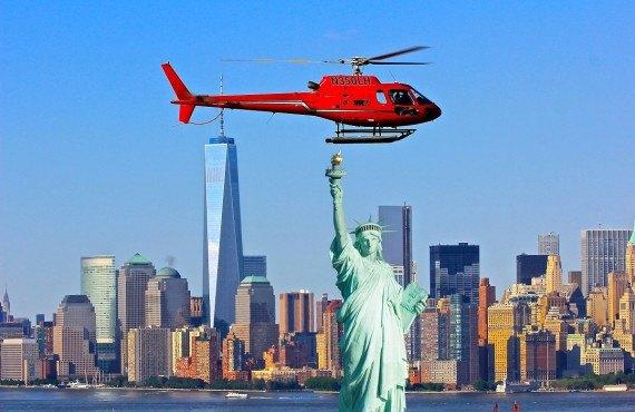 Survol vers la statue de la Liberté