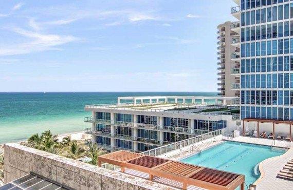Carillon-Hotel-and-Spa-Miami-Terrasse