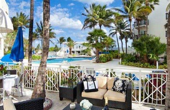 Savoy-Hotel-Hotel-Miami-Beach-Cours-interieur