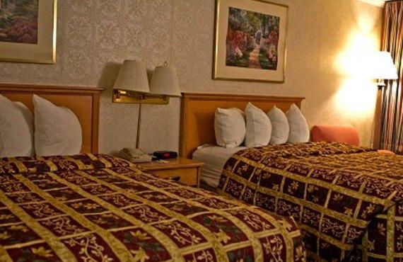 Ashlan Inn Fresno - Chambre 2 lits queen