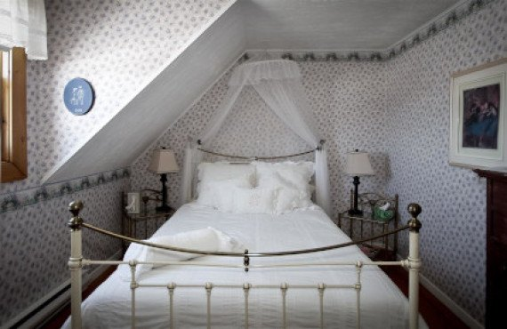"""""""Romantique"""" room"""