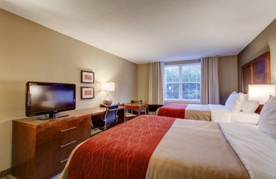 4-comfort-inn-north-conway-double-queen.jpg