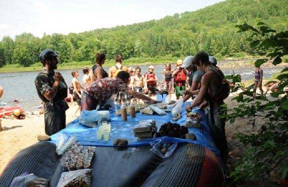 Descente en Rafting - Repas en plein air